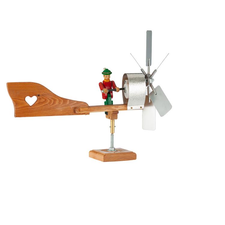 bewegliches windrad tiroler bub holzschnitzereien und. Black Bedroom Furniture Sets. Home Design Ideas