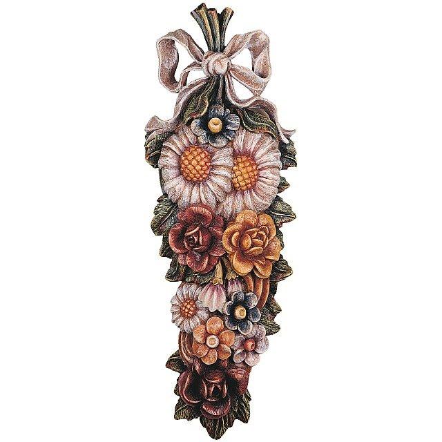 Composizione di fiori garden orologi a cucu presepi for Sculture di fiori