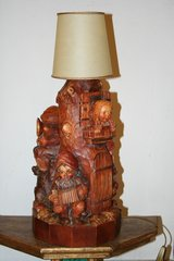 Lamp with dwarfs